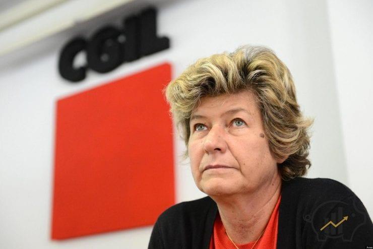 Il segretario generale della Cgil, Susanna Camusso, il 05 novembre 2012 a Genova. ANSA/LUCA ZENNARO