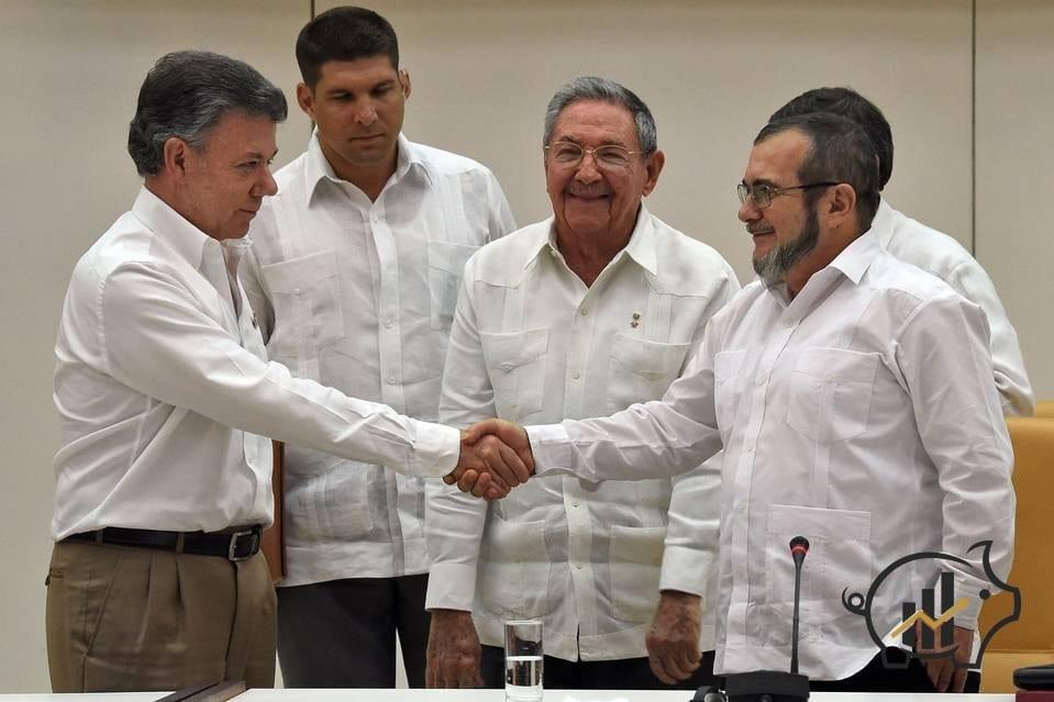 Colombia, dopo oltre 50 anni di guerra siglato accordo tra presidente Santos e le Farc